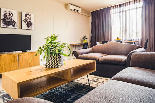 1 half bedroom 6